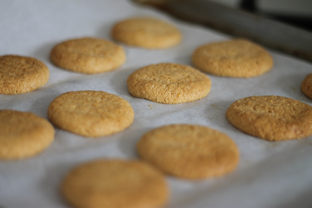 Almond-Biscuits